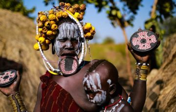 ムルシ族,murushiエチオピア,少数民族