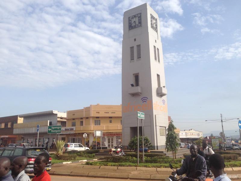 ウガンダ,ムバレ,時計塔